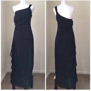 Black one-Shoulder side Ruched maxi dress 14